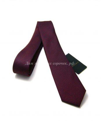 Галстук мужской Stefano Corvali черного цвета, имеет геометрический узор бордового цвета