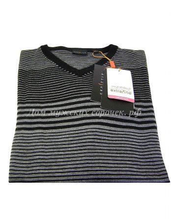 Cерый свитер, в черную полоску
